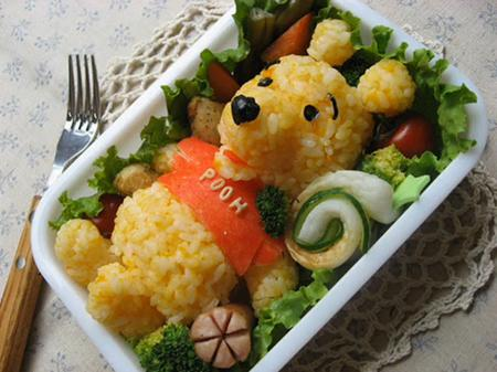 http://superdekret.ru/wp-content/uploads/2010/09/cute-best-japanese-food-art-bento-box-03.jpg